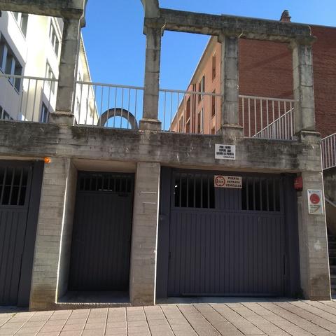 BARAÑAIN.  PLAZA RÍO ARGA - foto 3