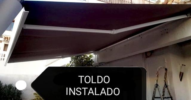 INSTALACIÓN DE TOLDOS - foto 1