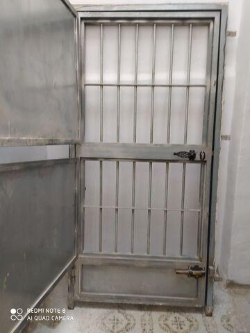 Vendo Puerta De Hierro Puro Con Contrach