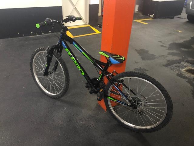 "Bicicleta De Montaña B-Pro 24"" Niños"