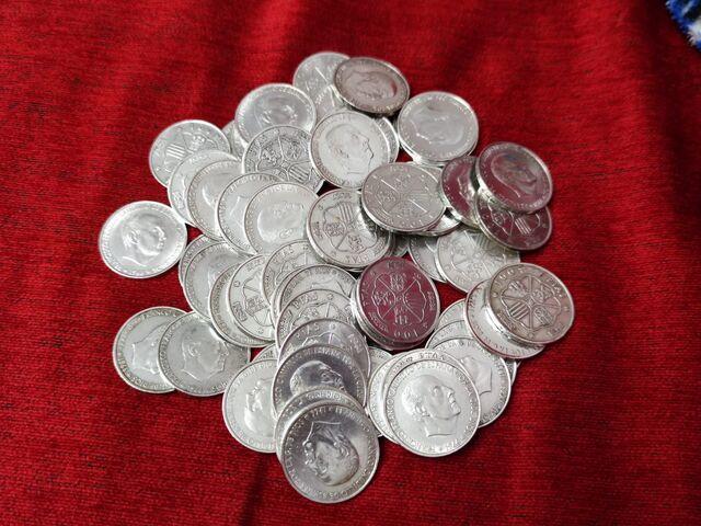 Lote 50 Monedas Franco. De 100 Pesetas