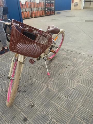 """Bicicleta Decathlon Niña 24"""""""