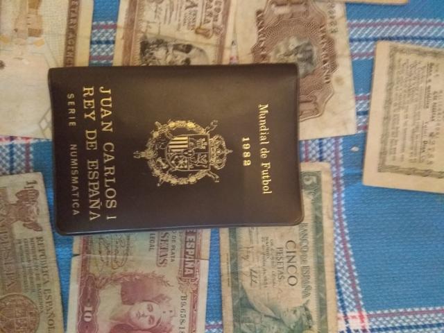 Colección Monedas Mundial 82