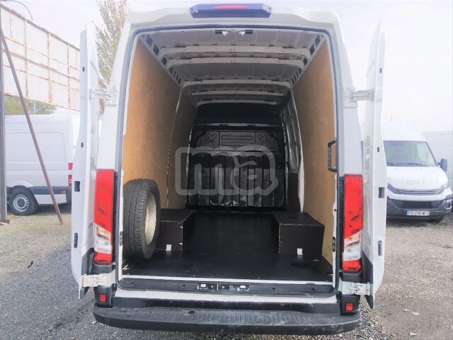 IVECO - DAILY 2. 3 TD 35C 14 A8 V 3520LH2 - foto 2