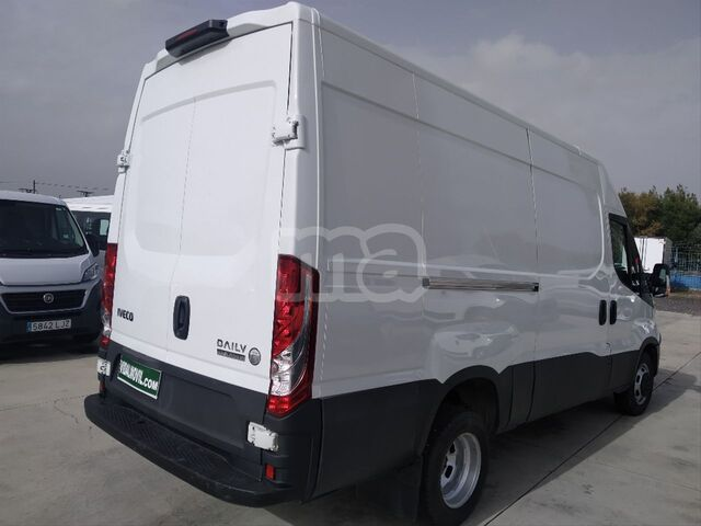 IVECO - DAILY 2. 3 TD 35C 14 A8 V 3520LH2 - foto 5
