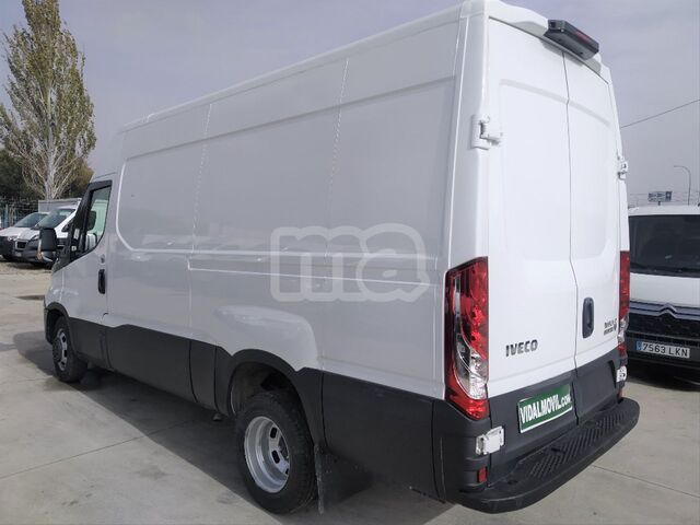 IVECO - DAILY 2. 3 TD 35C 14 A8 V 3520LH2 - foto 6