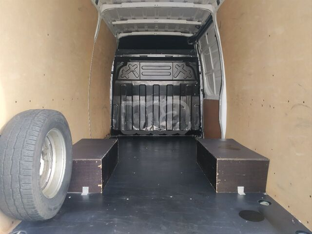 IVECO - DAILY 2. 3 TD 35C 14 A8 V 3520LH2 - foto 8