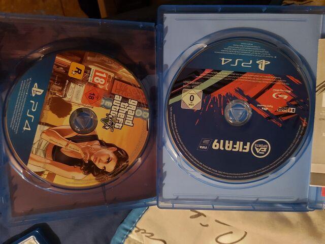 VENDO FIFA 19 Y GTA V - foto 1