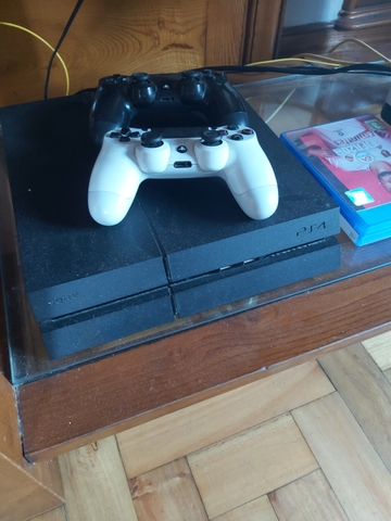 VENDO PLAYSTATION 4 - foto 2