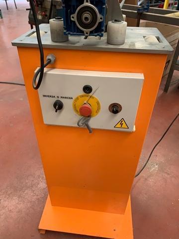 Máquina Poner Goma Perfil Aluminio