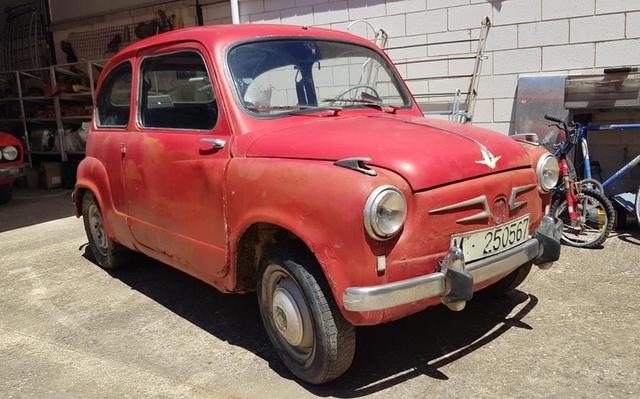 SEAT - 600 N - foto 1