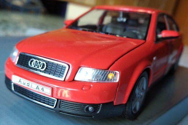 Audi A4, Escala 1/24