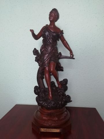 Estatua Antigua Ernest Rencoulet (1870)