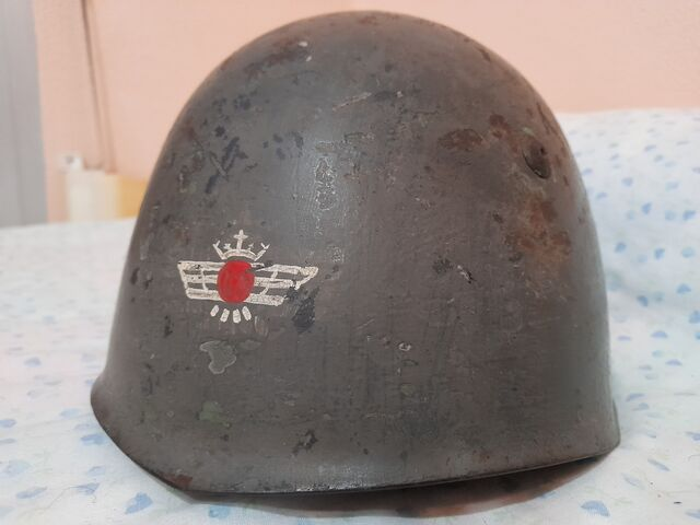 CASCO ITALIANO M33 AVIACION GUERRA CIVIL - foto 1