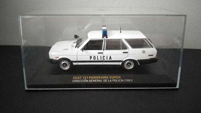 Seat 131 Panorama Super - Policia (1981)