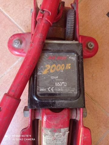 Gato Hidráulico 2000 Kgs