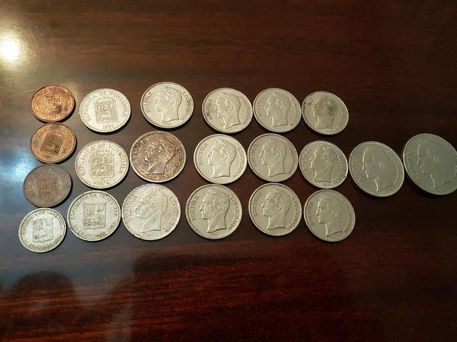 Varias Monedas De Venezuela