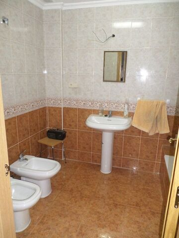 CORREOS - AVENIDA CUENCA - foto 3