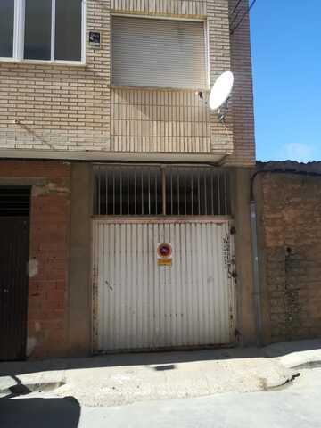 ALQUILER PLAZA DE GARAJE Y TRASTERO - foto 1