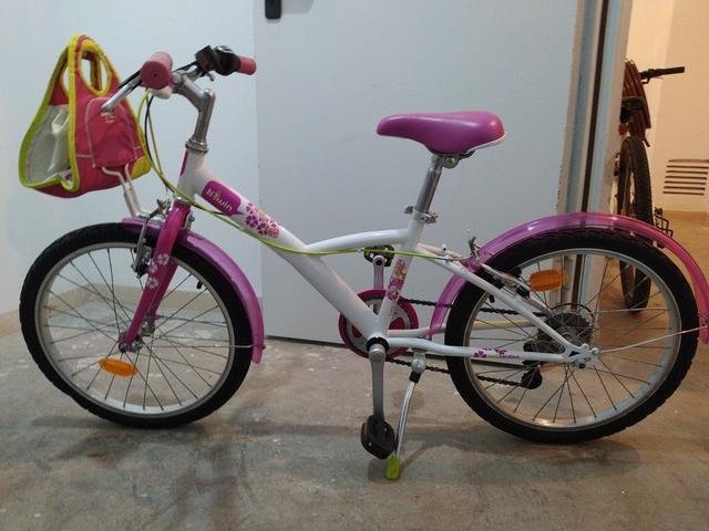 Bicicleta De Niña Rosa Con Cesta 20\'\'