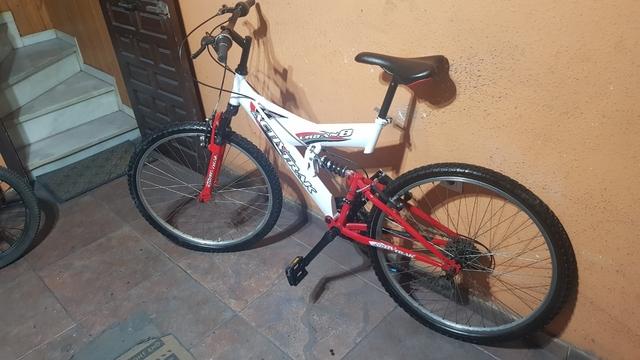 Bicicleta De Montaña De 26\'\'