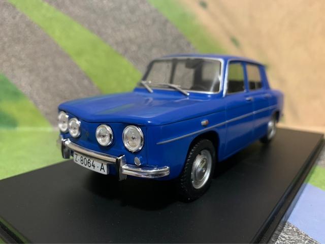 Miniatura Renault 8 Ts Escala 1:24