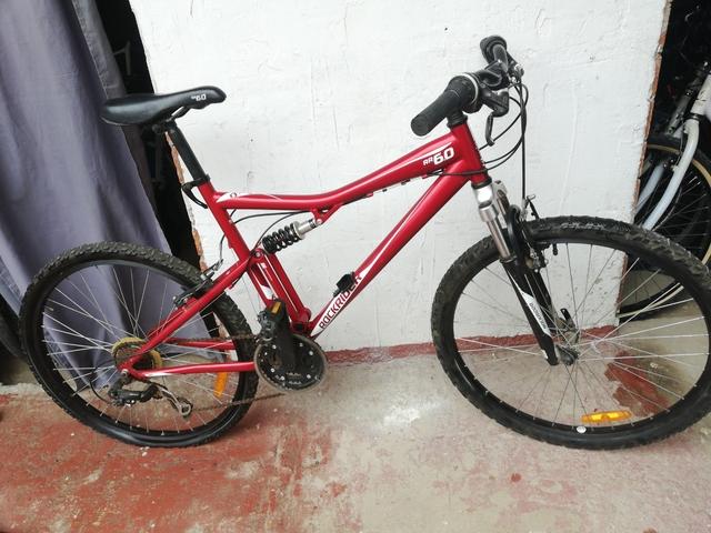 Bicicleta Rockrider Llantas 26 Suspensió
