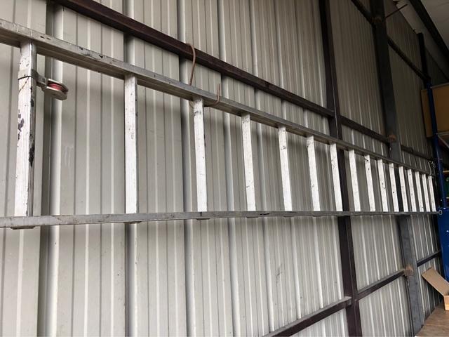 Escalera Aluminio (4, 9Metros)