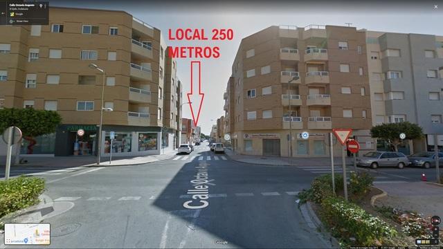 EL EJIDO - SE ALQUILA LOCAL -- - foto 2
