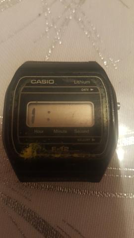 Reloj Casio F-12 Vintage