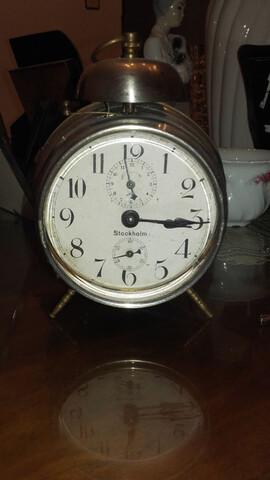 Reloj Despertador Antiguo De Cuerda