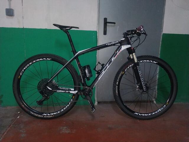 Bicicleta De Montaña De Carbono Talla L