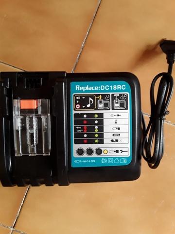 Cargador Para Bateria Makita 18V