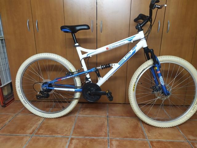 Bicicleta 26 Montaña Doble Suspension
