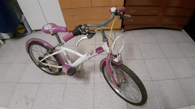 Bicicleta Para Niña,  En Muy Buen Estado.