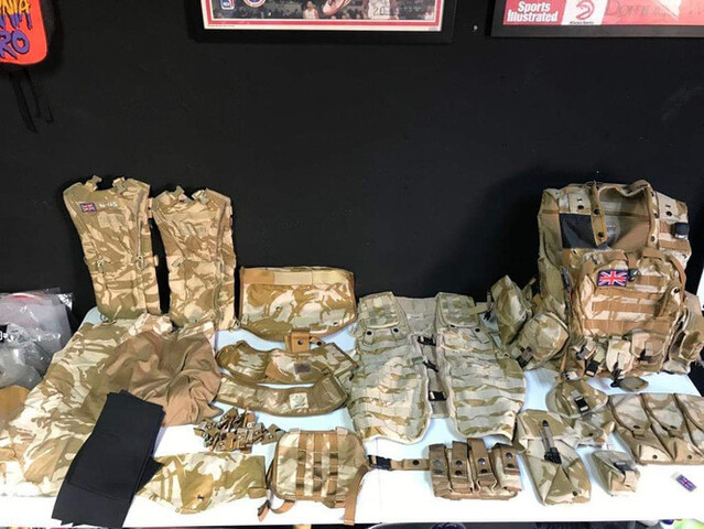Material Militar Original Inglés