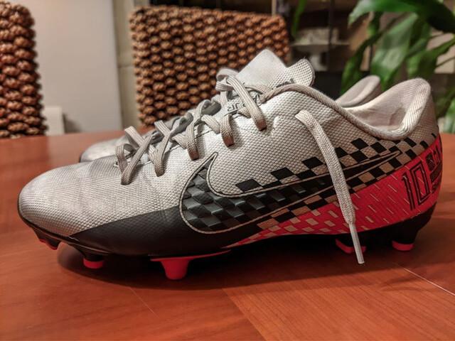 Botas De Futbol Niño Cesped Artificial