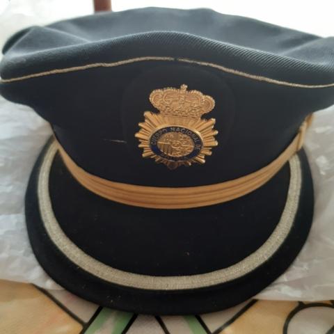 Gorra Plato Policia Nacional