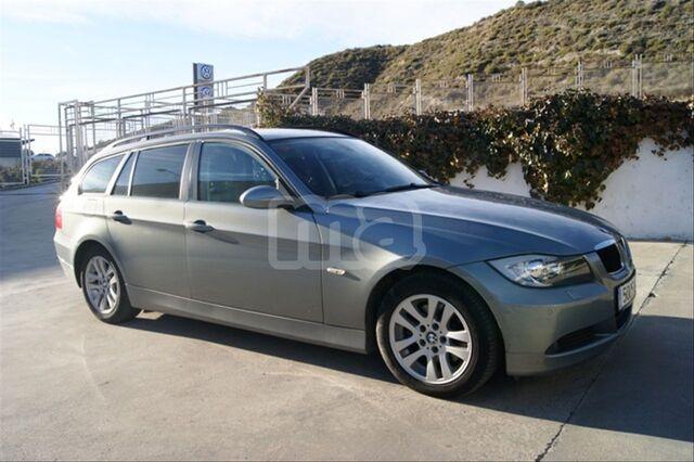 BMW - SERIE 3 318D TOURING - foto 3