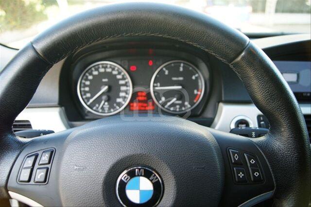 BMW - SERIE 3 318D TOURING - foto 9