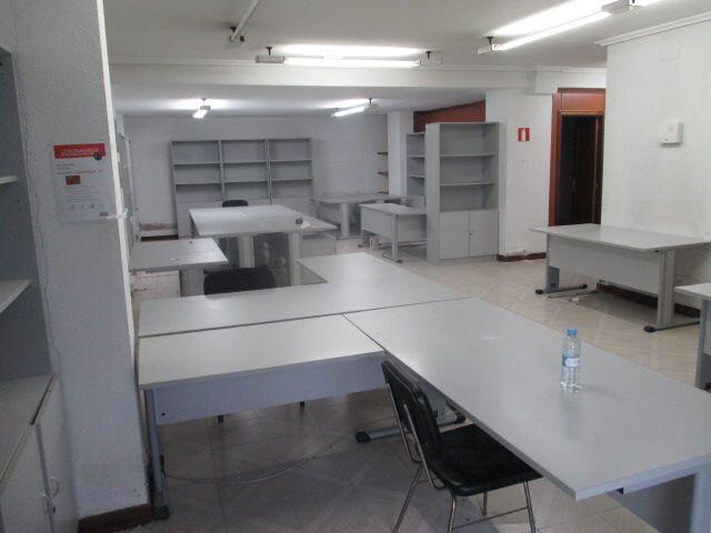 MOBILIARIO OFICINA VARIADO - foto 1