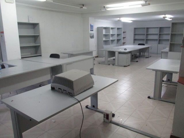 MOBILIARIO OFICINA VARIADO - foto 2
