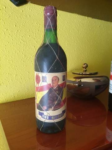 Botellas Vino Del Caudillo Franco