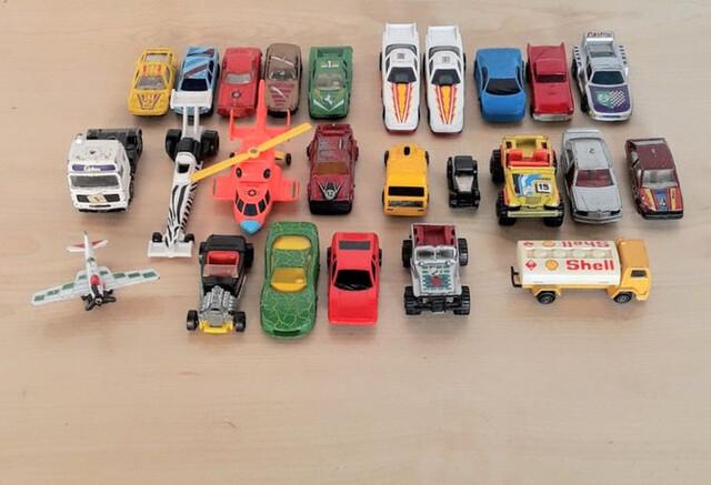 Lote 27 Coches Miniaturas Para Coleccion
