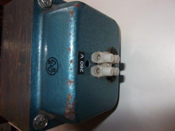 TRANSFORMADOR 220-260V.  3000W.  - foto 2