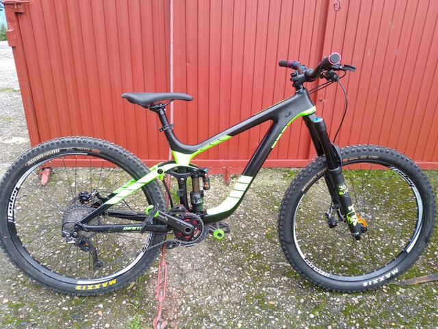 Giant Reing Carbono 2017