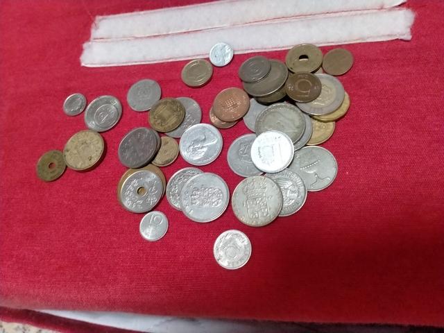 Vendo Monedas De Varios Países