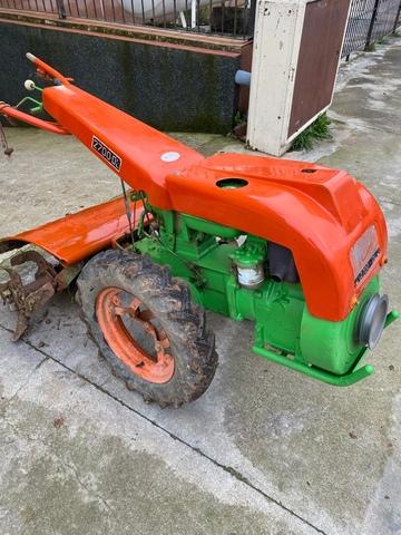 AGRIA 2700 14 CV - foto 2