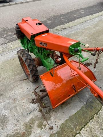 AGRIA 2700 14 CV - foto 3