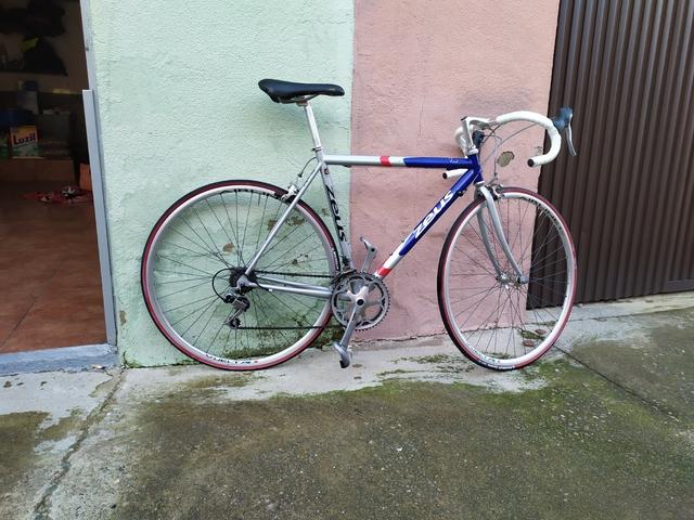 Bicicleta Zeus Enol